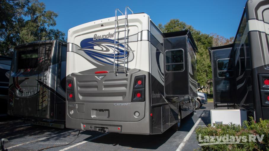 2019 Fleetwood RV Bounder 35K