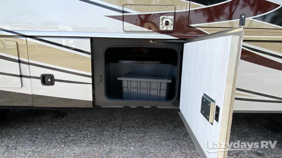 2018 Fleetwood RV Bounder Classic 33C