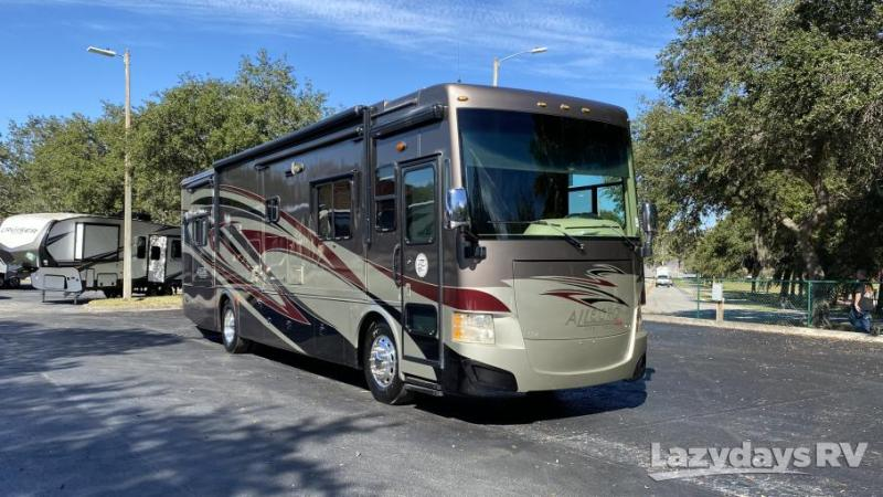2014 Tiffin Motorhomes Allegro RED