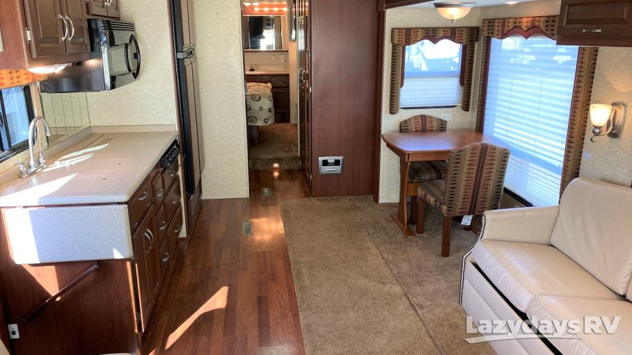 2007 Newmar Canyon Star 3640