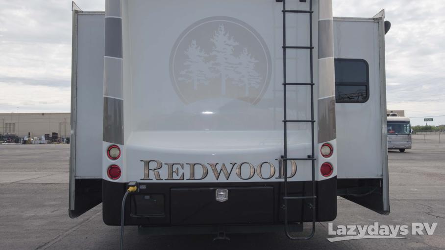 2014 Crossroads RV Redwood M-31SL