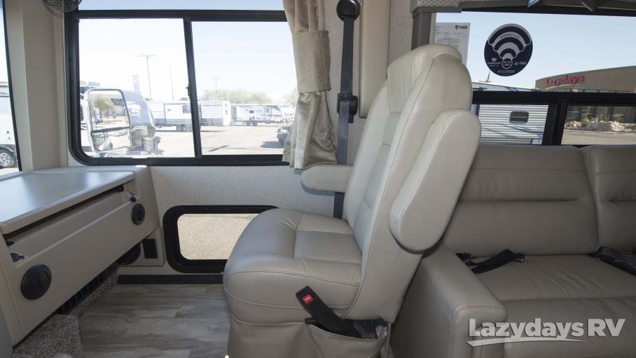 2021 Thor Motor Coach Hurricane 34J