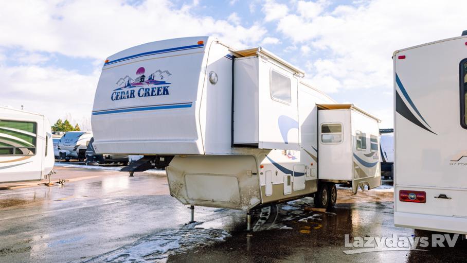2002 Forest River Cedar Creek 34CKT