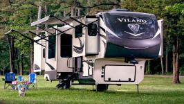 Fall in Love with 2020's Hottest Fifth Wheels