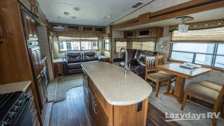 2015 Prime Time Crusader 295RST