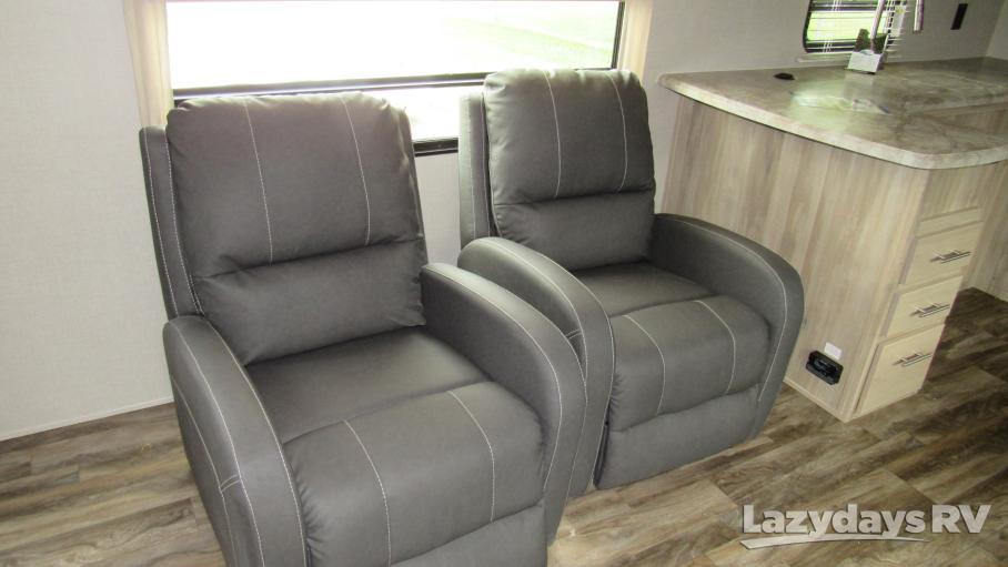 2020 Coachmen Catalina Legacy Edition 303RKDS